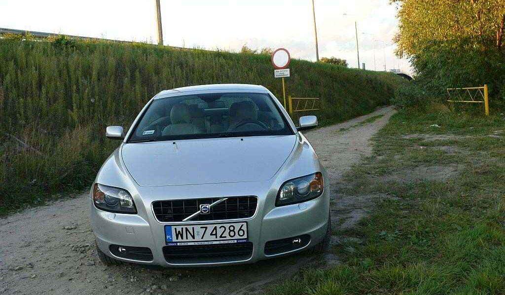 volvo-c70-2007-1
