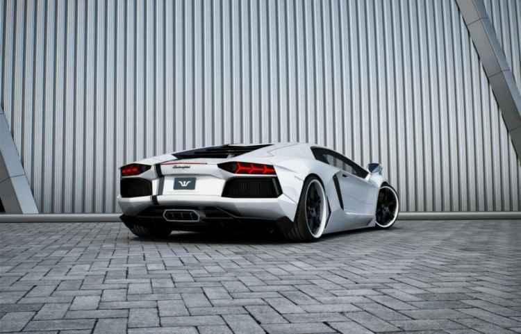 Lamborghini Aventador by Wheelsandmore (2013)