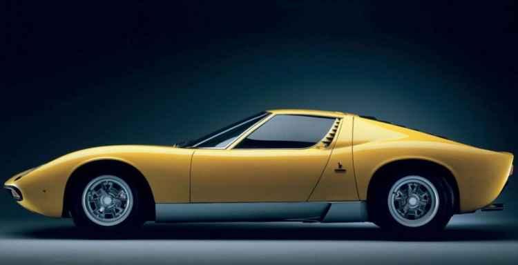 Lamborghini Miura SV na wystawie Techno Classica