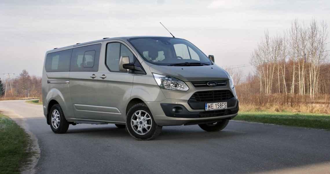 Ford Tourneo Custom L2 2.2 TDCi 155 KM Titanium