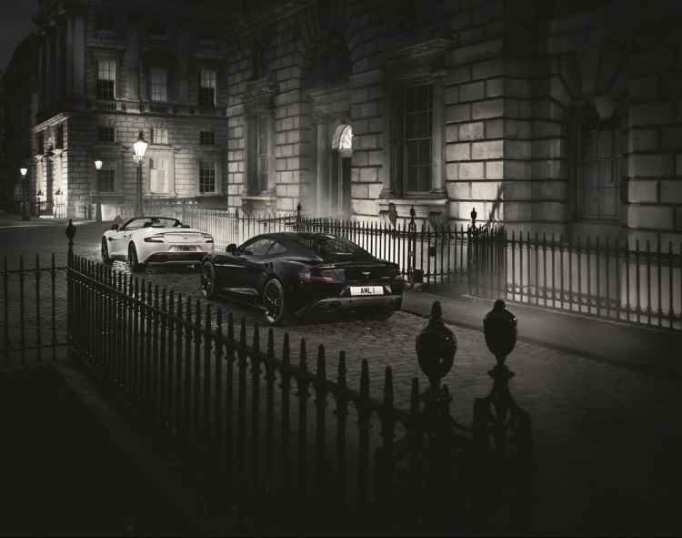 Aston Martin Vanquish Carbon Edition (2014)