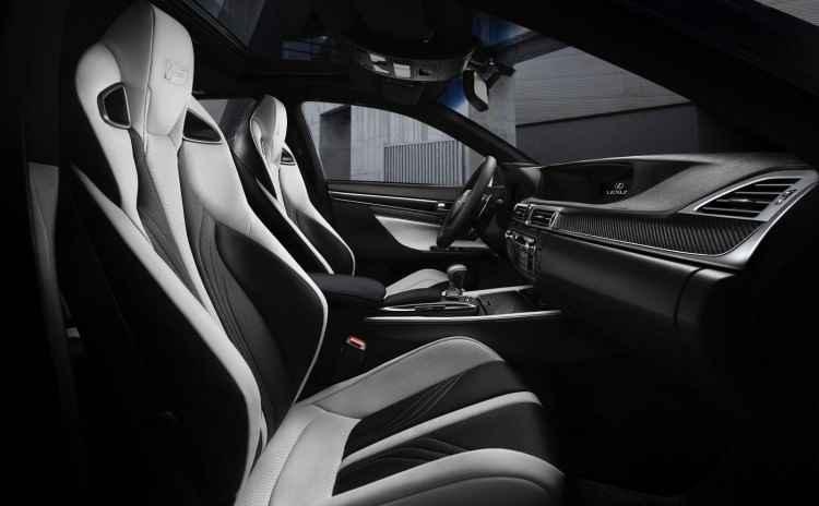 Lexus GS F (2015)