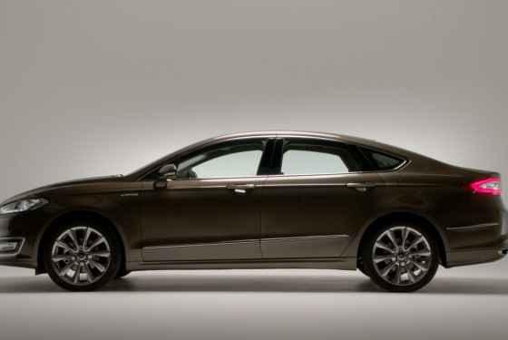 Ford Mondeo Vignale (2015)