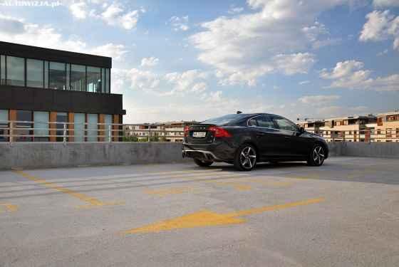 Volvo S60 T6 DRIVE-E R-Design Momentum