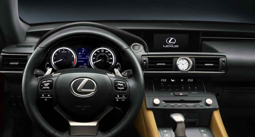 Lexus RC200t (2015)