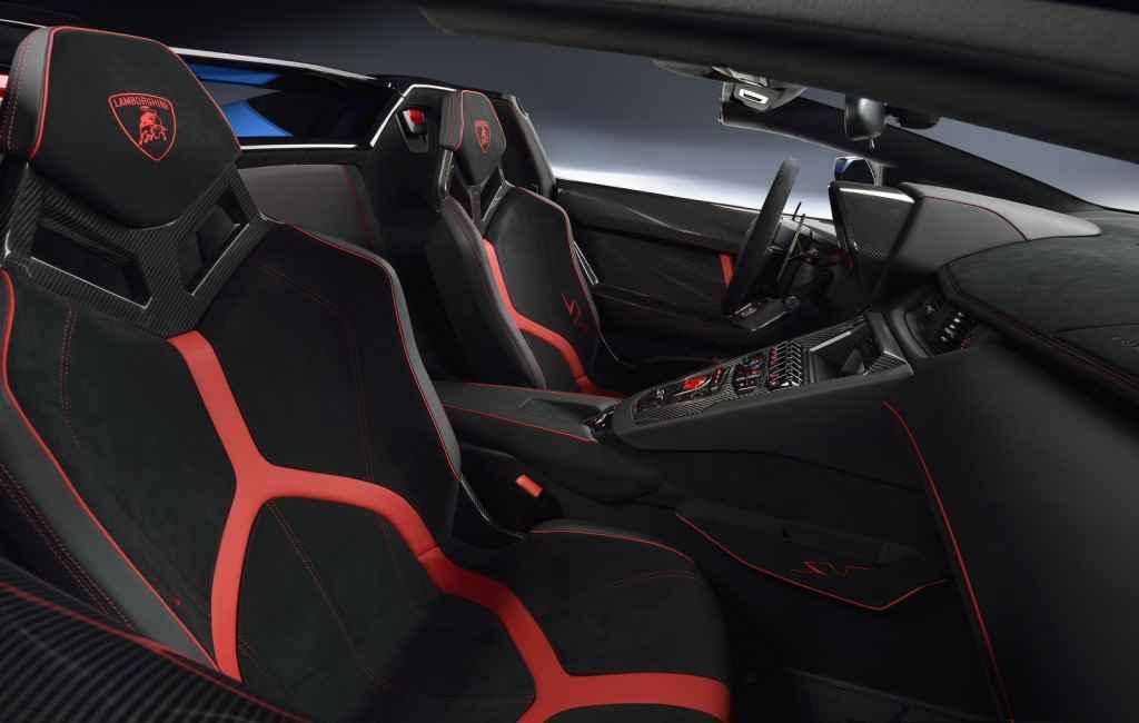 Lamborghini Aventador LP 750-4 SV Roadster (2016)