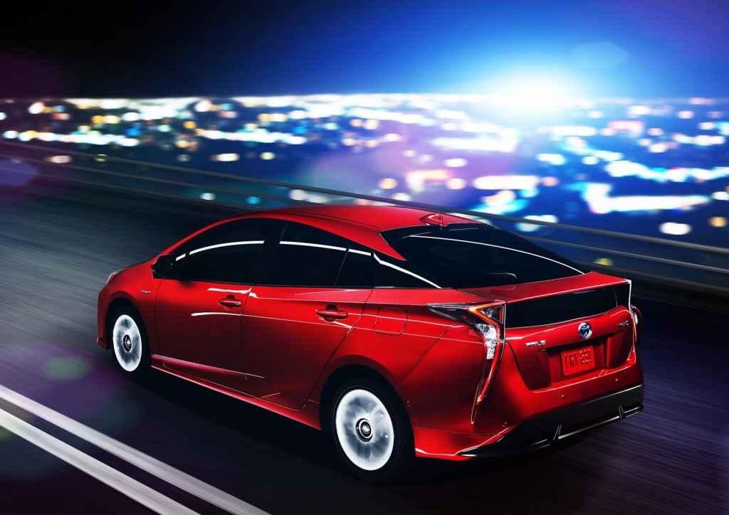 Toyota-Prius-2016-2