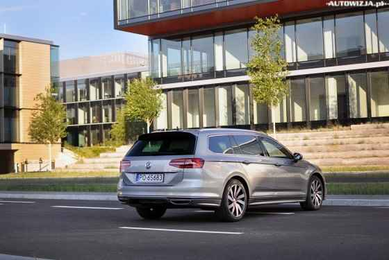 Volkswagen Passat Variant 2.0 TDI 240 KM 4Motion