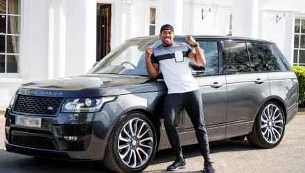 Range Rover SVAutobiography dla Anthony'ego Joshua