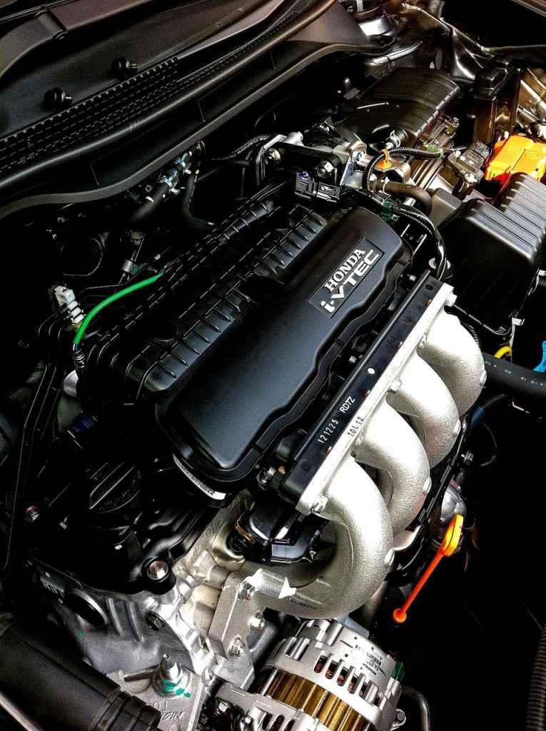 silnik-benzynowy-honda