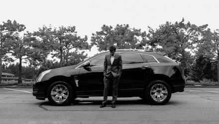 samochod-suv-czarno-biale