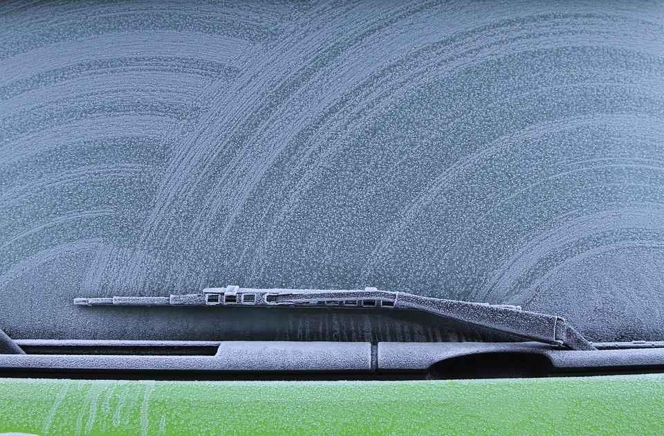zima-szron-szyba-samochod