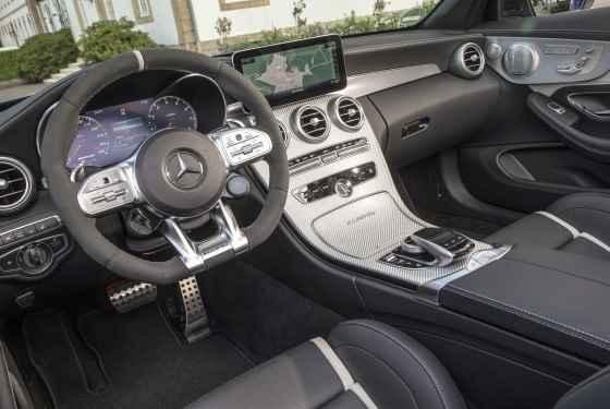 Mercedes-AMG C 63 S Cabriolet, selenitgrau metallic; AMG Leder Nappa schwarz/schwarz;Kraftstoffverbrauch kombiniert: 10,4 l/100 km; CO2-Emissionen kombiniert: 236 g/km*  Mercedes-AMG C 63 S Cabriolet, selenite grey metallic; AMG nappa leather black;Fuel consumption combined: 10.4 l/100 km; combined CO2 emissions: 236 g/km*
