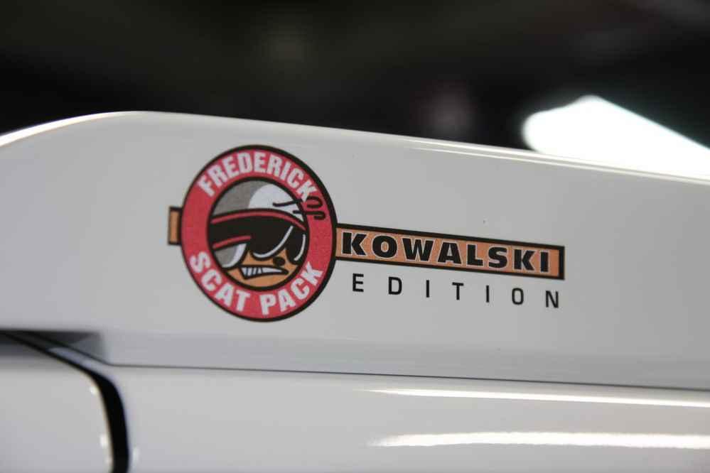 Dodge Challenger Kowalski Edition - AUTOWIZJA.pl - Motoryzacja on