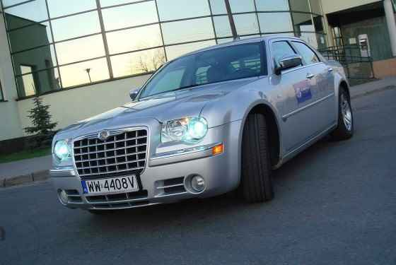 chrysler-300c-crd-2007-1