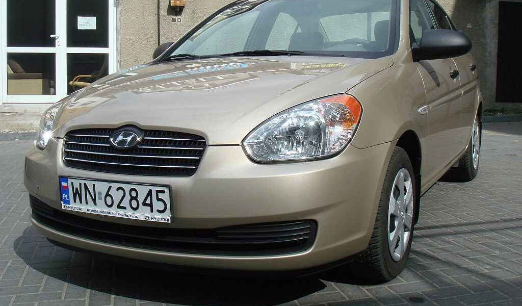 hyundai-accent-2007-1