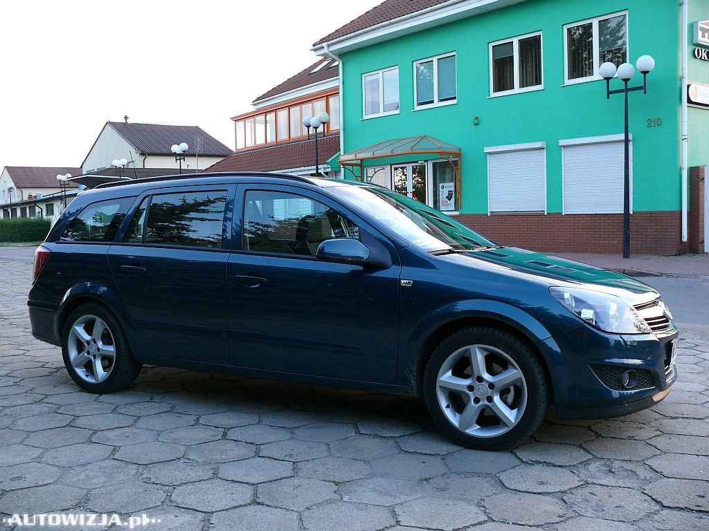 opel astra iii 1 7 cdti auto test motoryzacja. Black Bedroom Furniture Sets. Home Design Ideas
