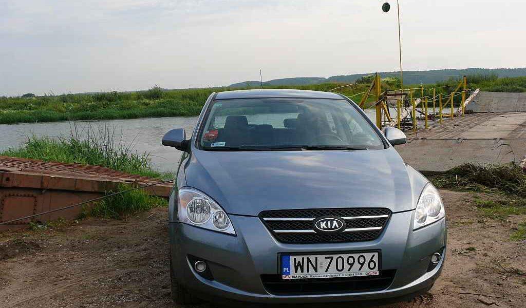 kia-ceed-2007-1