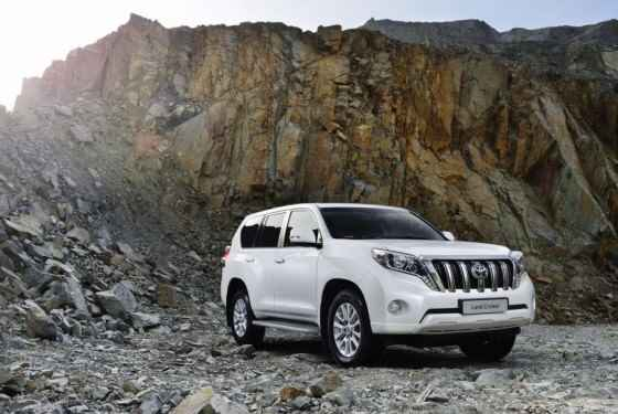 Toyota Land Cruiser FL (2014)