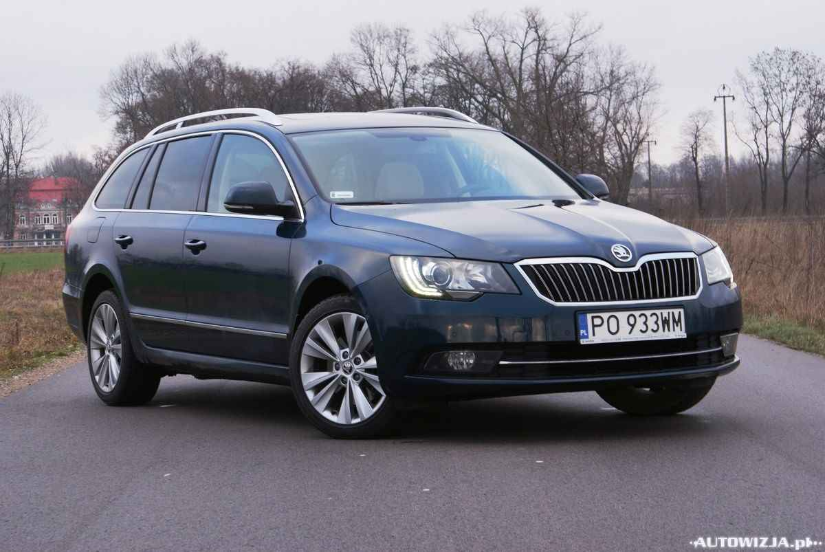 skoda superb kombi 4x4 2 0 tdi elegance auto test motoryzacja. Black Bedroom Furniture Sets. Home Design Ideas