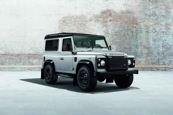 Land Rover Defender Black Pack (2014)