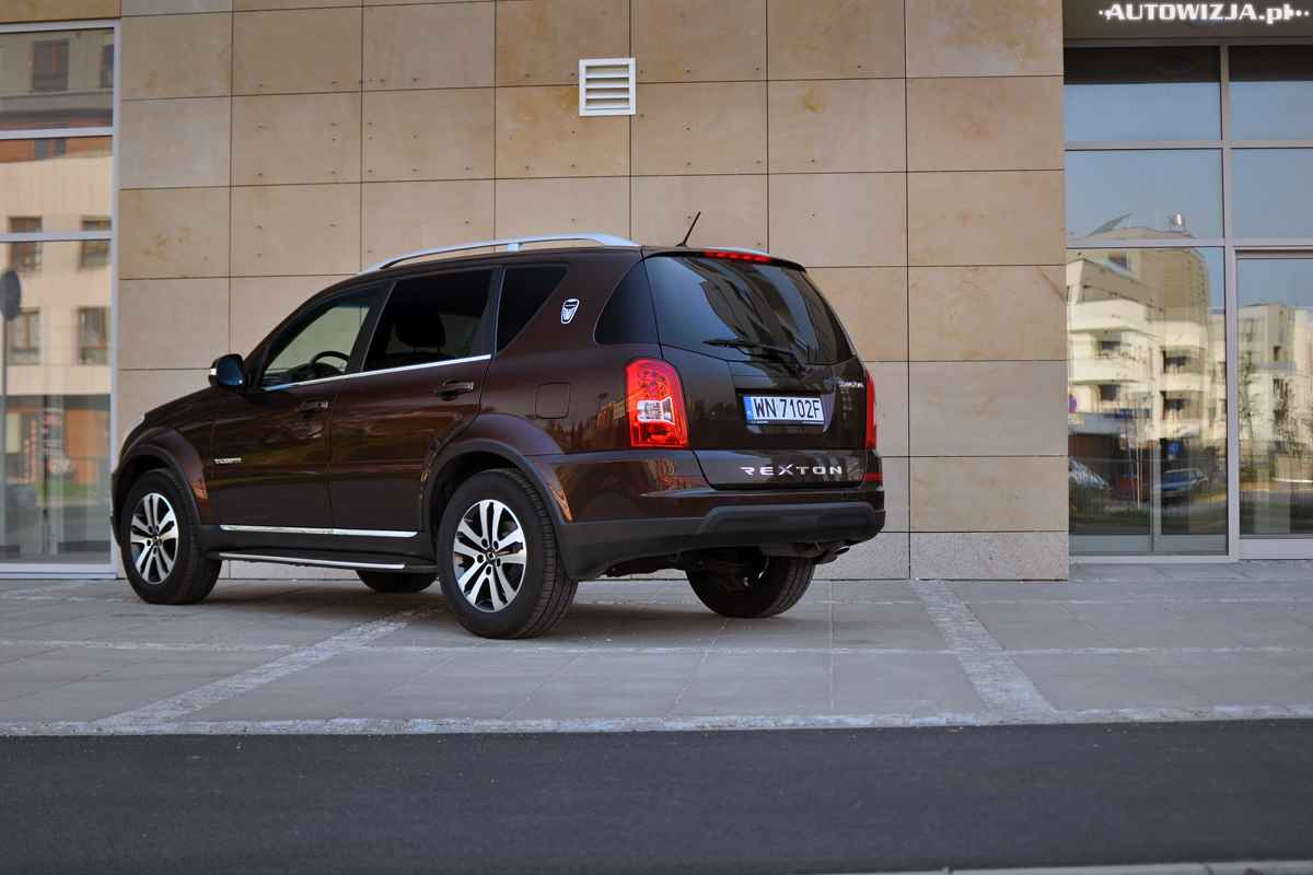 ssangyong rexton w 4wd sapphire auto test motoryzacja. Black Bedroom Furniture Sets. Home Design Ideas