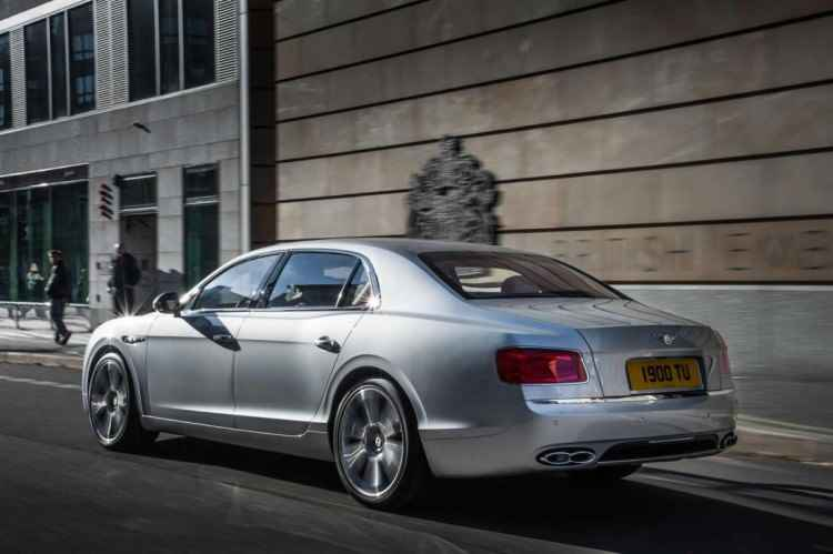 Bentley Flying Spur z silnikiem 4.0 V8 (2014)