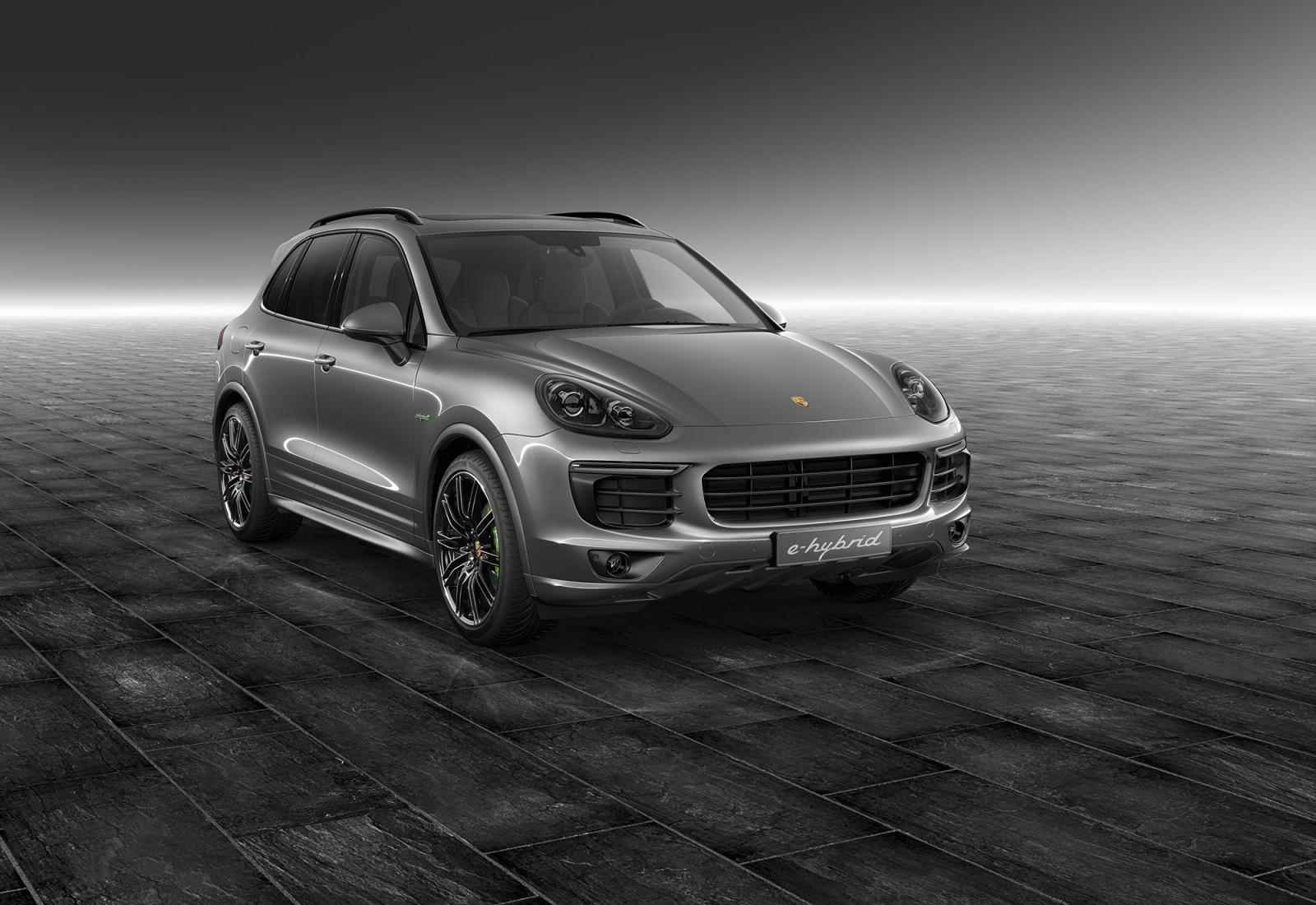 porsche cayenne s i cayenne s e hybrid by porsche. Black Bedroom Furniture Sets. Home Design Ideas