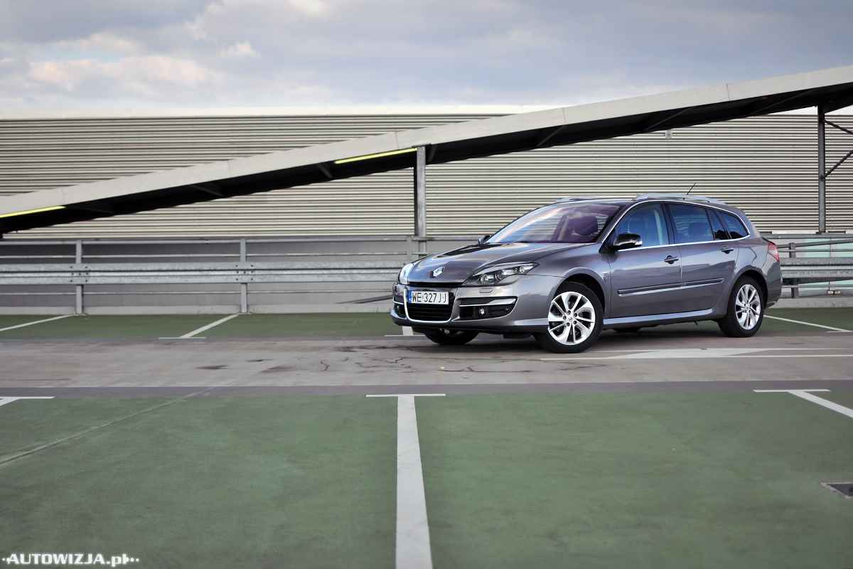 renault laguna grandtour 2 0 dci 150 limited auto test motoryzacja. Black Bedroom Furniture Sets. Home Design Ideas