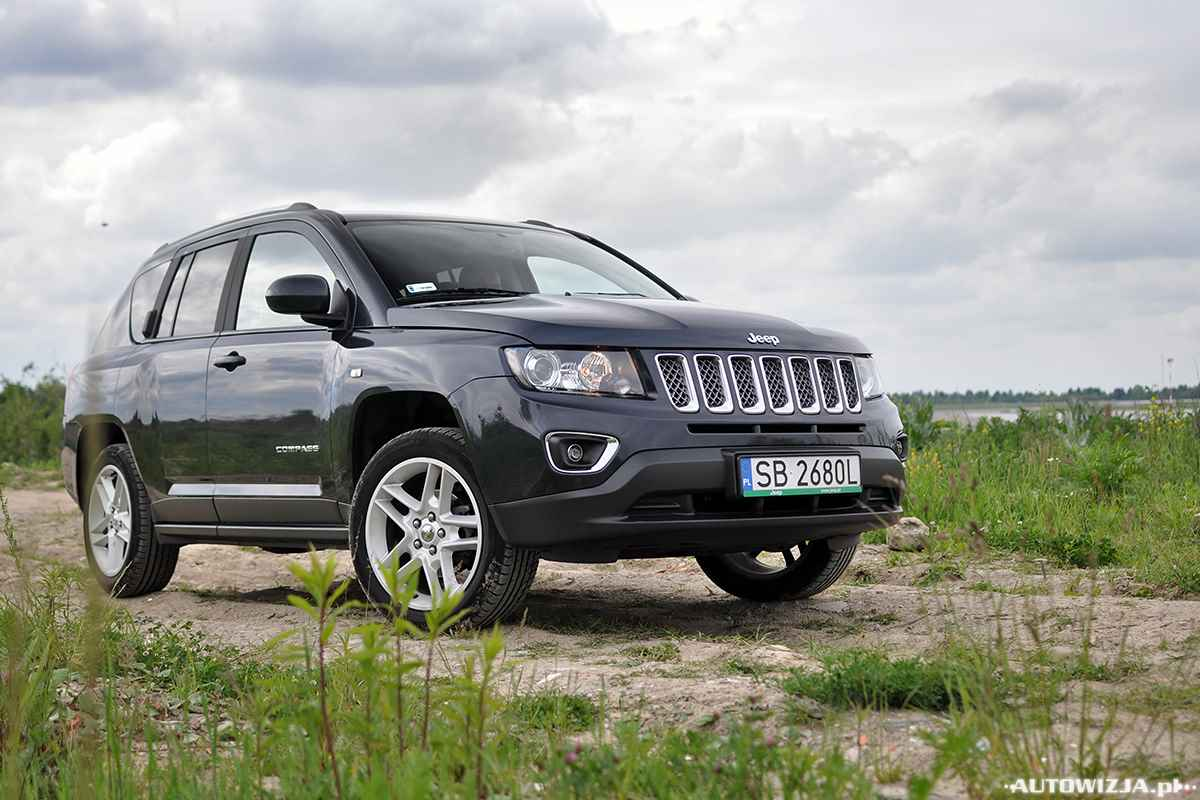 jeep compass limited 2 0 156 km 4x2 a t auto test motoryzacja. Black Bedroom Furniture Sets. Home Design Ideas
