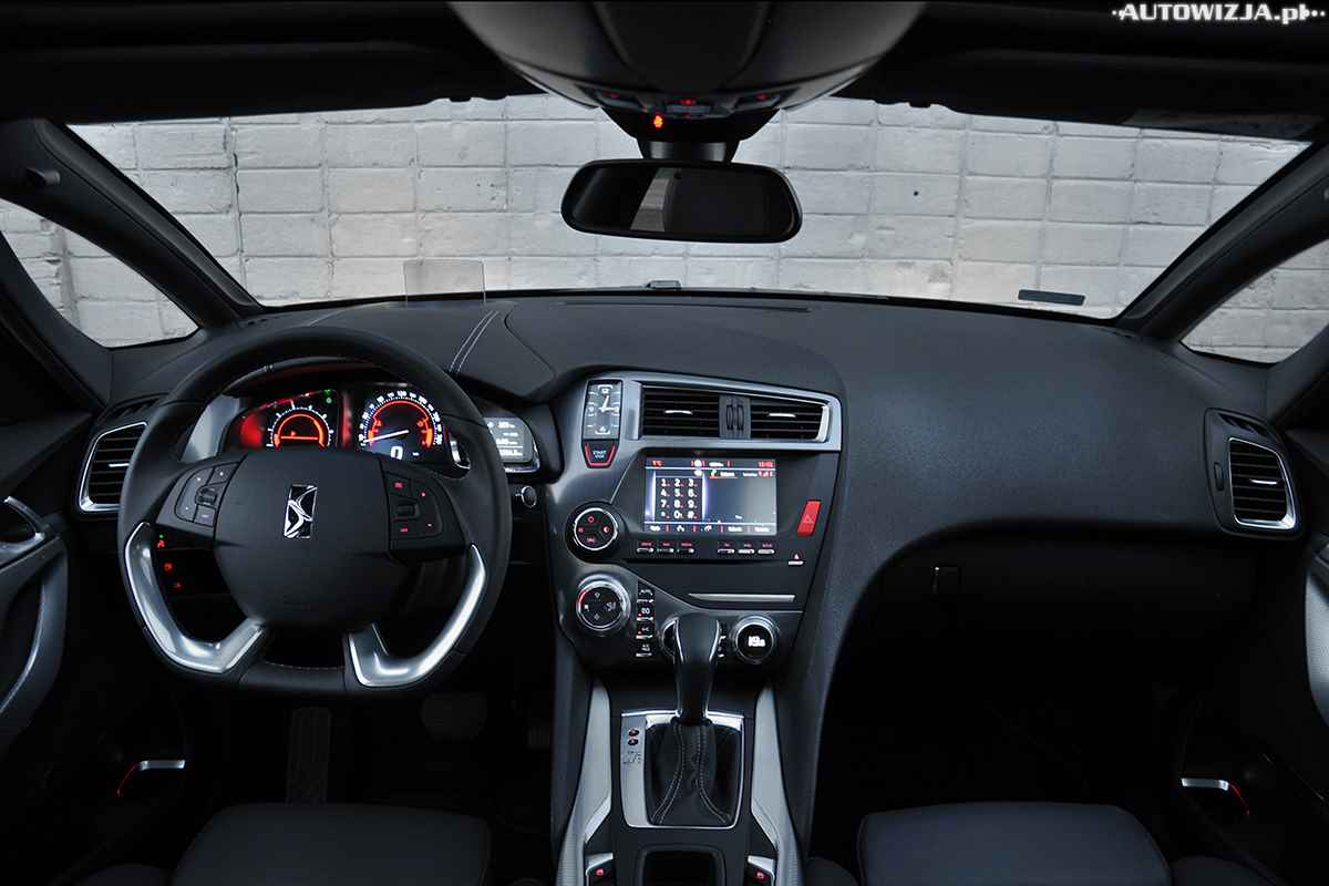 ds 5 bluehdi 180 km so chic auto test motoryzacja. Black Bedroom Furniture Sets. Home Design Ideas