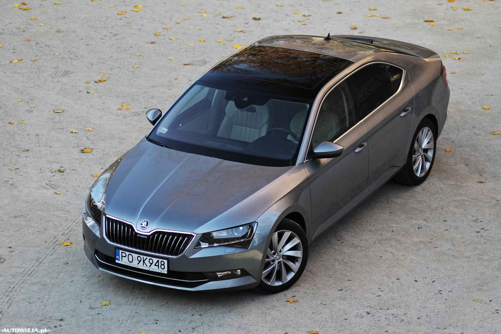 skoda superb limousine style 1 4 tsi 150 km act auto test motoryzacja. Black Bedroom Furniture Sets. Home Design Ideas
