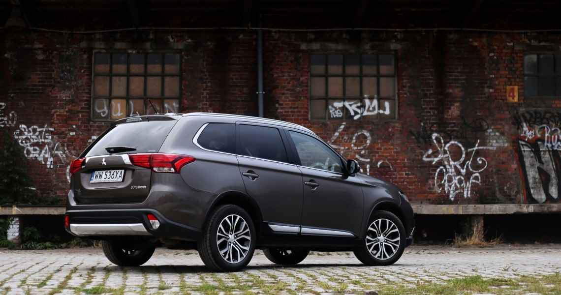 Mitsubishi Outlander Intense Plus 2.2 DI-D 150 KM 4WD AT