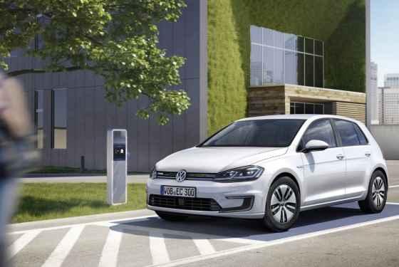Volkswagen e-Golf FL (2017)