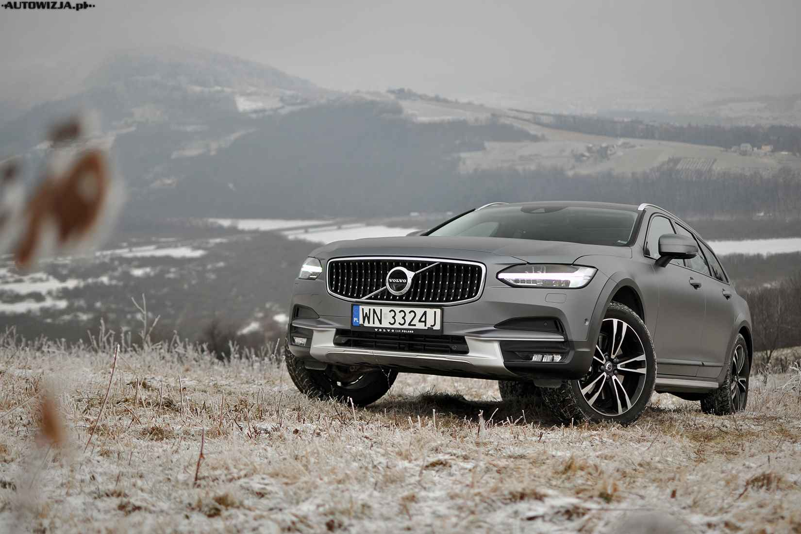 volvo v90 cross country test pierwsza jazda motoryzacja. Black Bedroom Furniture Sets. Home Design Ideas