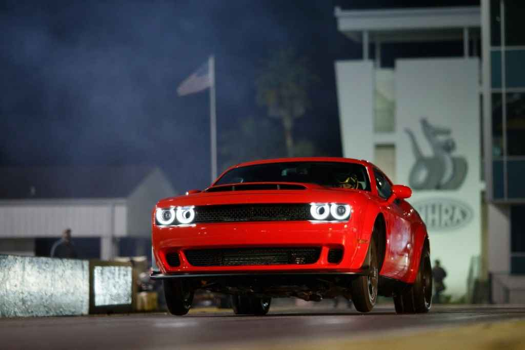 Dodge-Challenger-SRT-Demon-2017-1