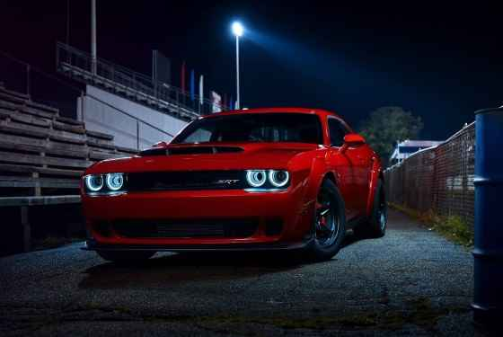 Dodge-Challenger-SRT-Demon-2017-19