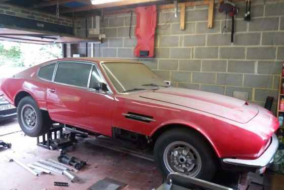Aston Martin AM V8 do kupienia na aukcji