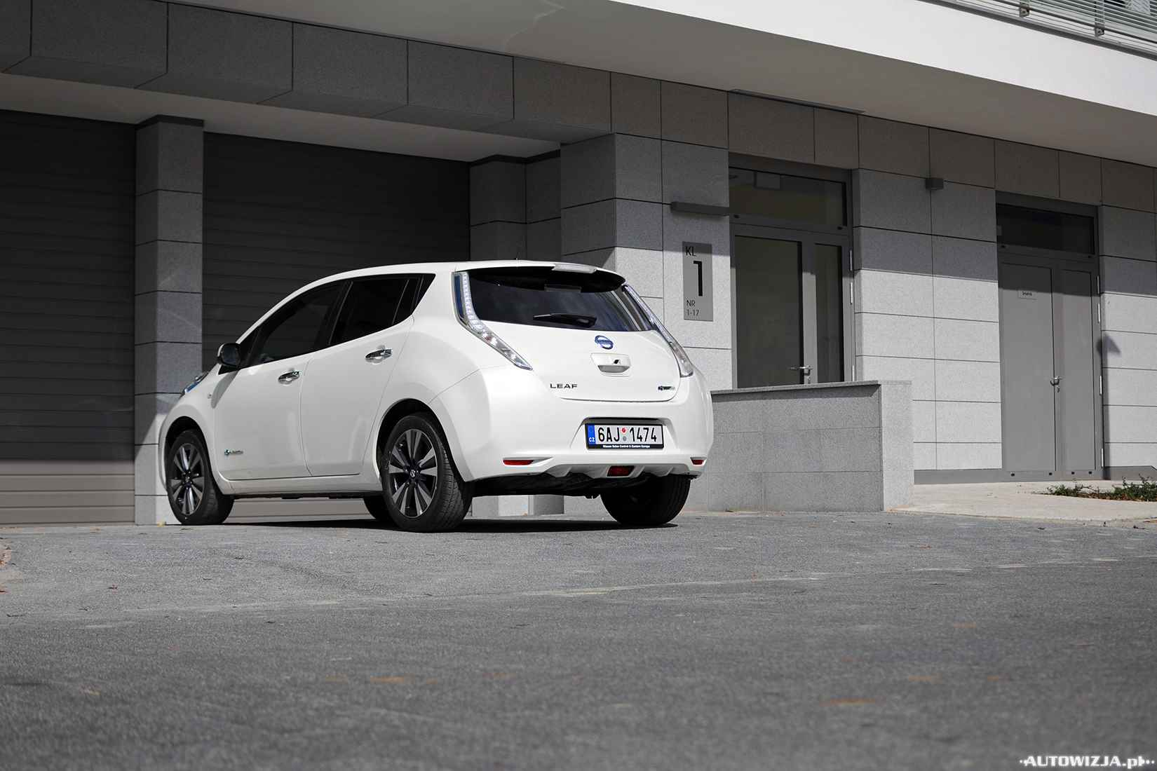 nissan leaf 30 kwh test motoryzacja. Black Bedroom Furniture Sets. Home Design Ideas