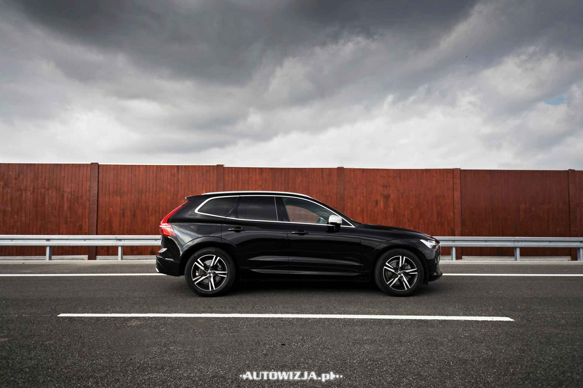 nowe volvo xc60 d5 r design awd auto test motoryzacja. Black Bedroom Furniture Sets. Home Design Ideas