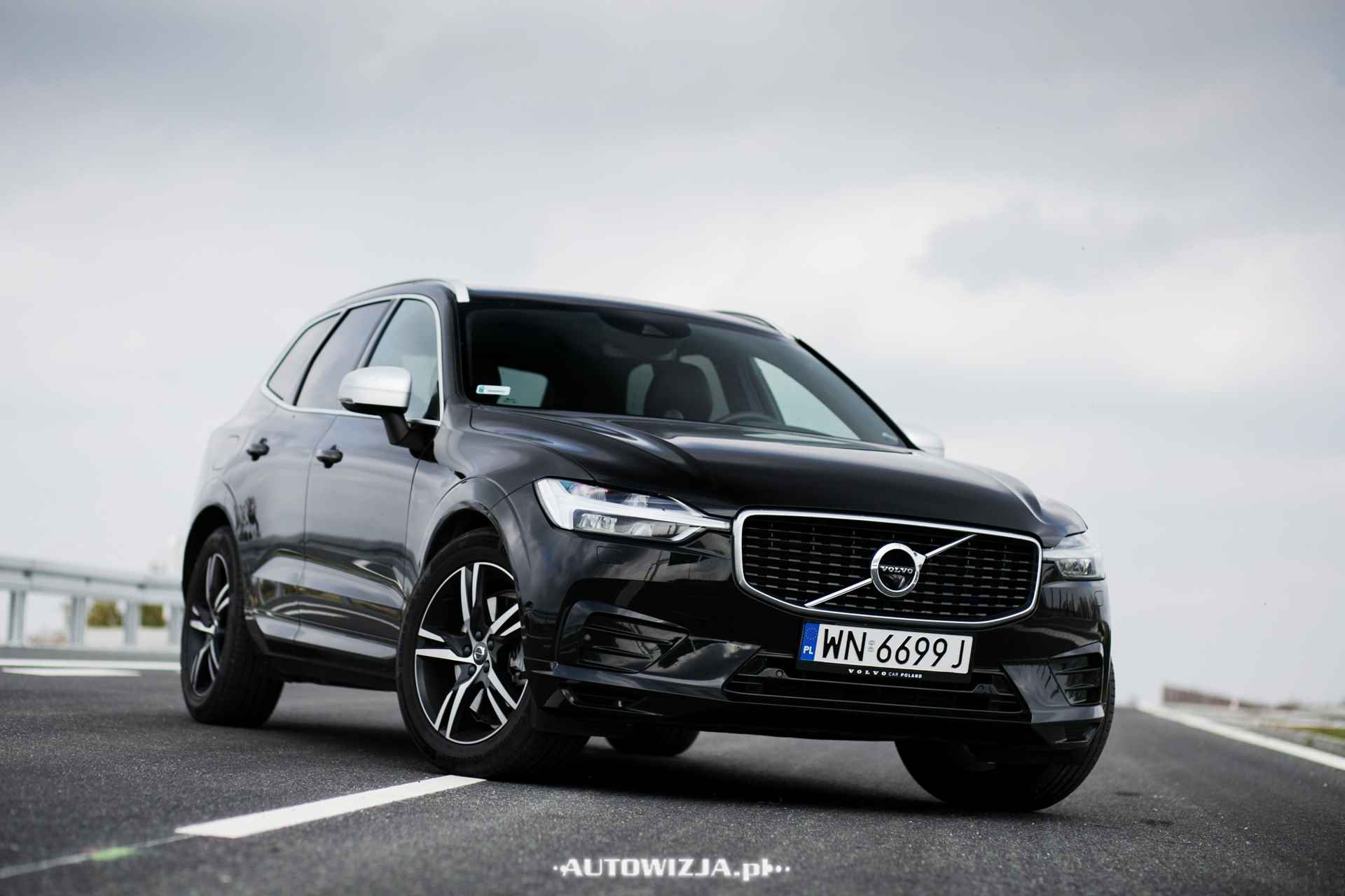 nowe volvo xc60 d5 r design awd auto test. Black Bedroom Furniture Sets. Home Design Ideas