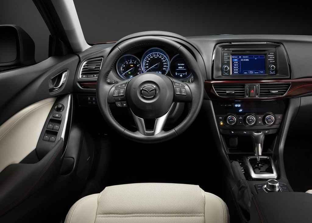 Masywnie Nowa Mazda 6 - japońska inspiracja - AUTOWIZJA.pl - Motoryzacja RX35