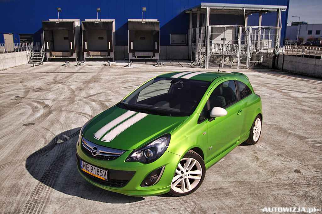 opel corsa d 1 7 cdti cosmo opc line auto test. Black Bedroom Furniture Sets. Home Design Ideas