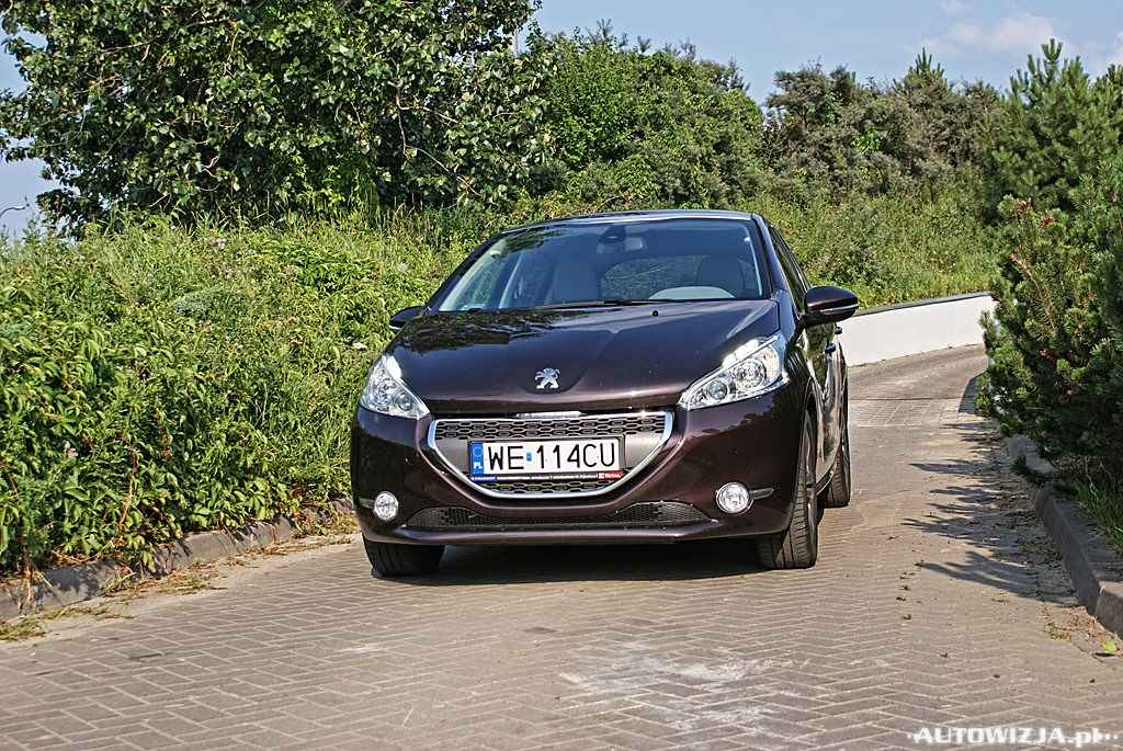 peugeot 208 1 6 e hdi allure auto test motoryzacja. Black Bedroom Furniture Sets. Home Design Ideas