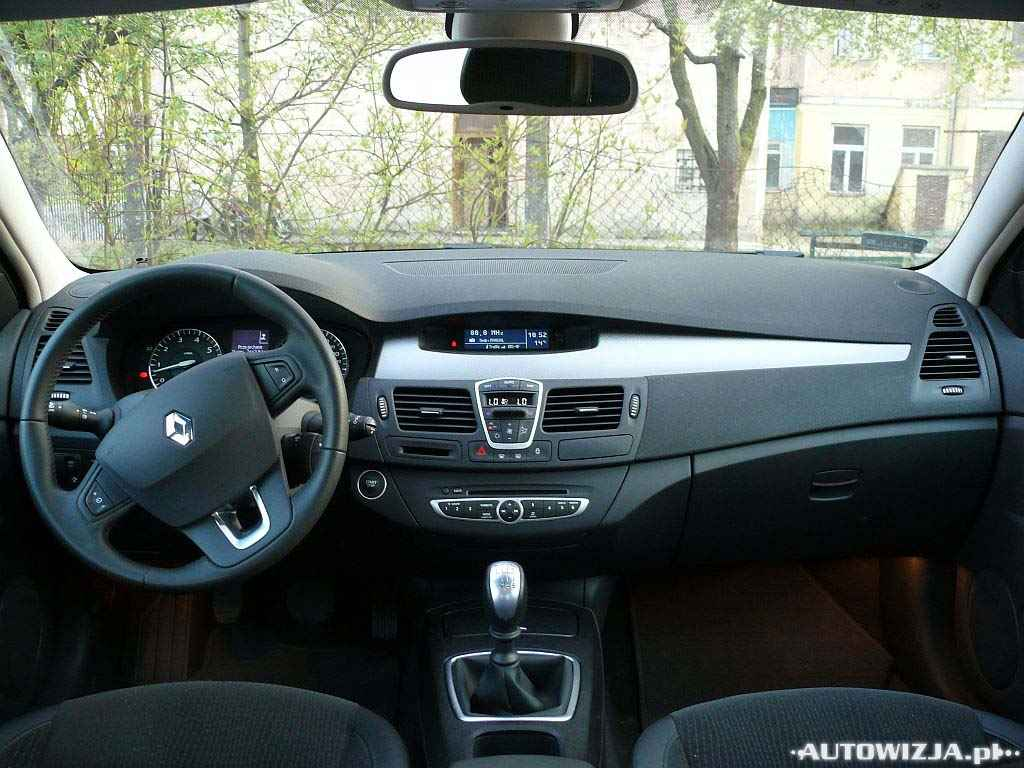 renault laguna iii 2 0 auto test motoryzacja. Black Bedroom Furniture Sets. Home Design Ideas