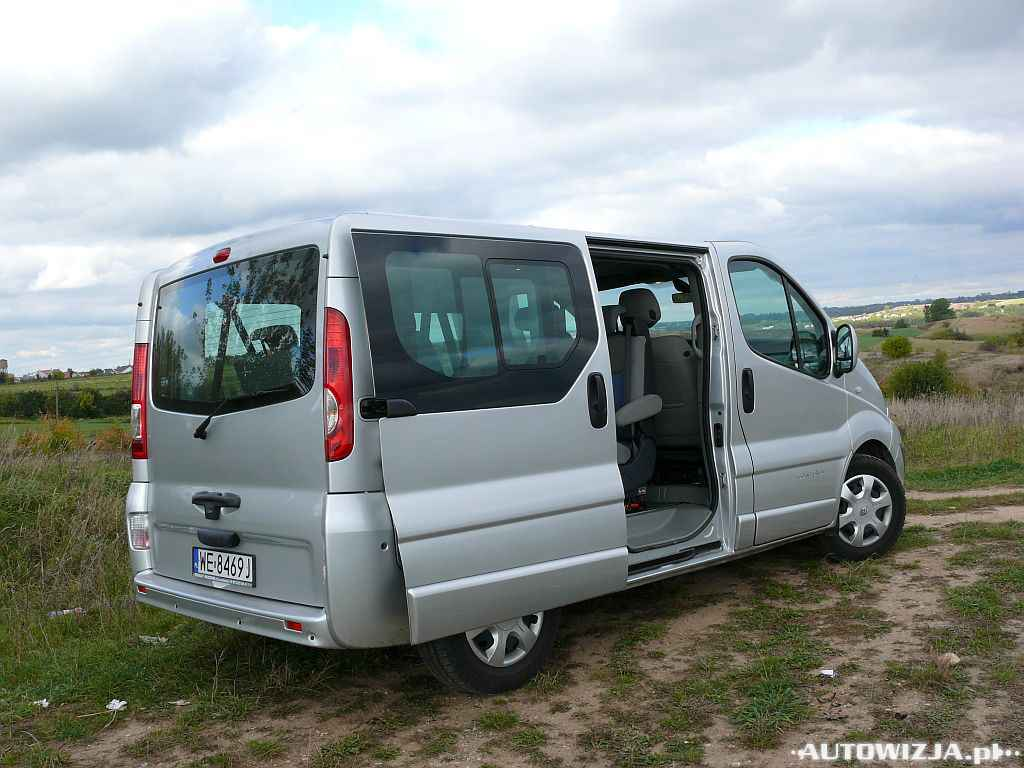 renault trafic 2 5 dci auto test. Black Bedroom Furniture Sets. Home Design Ideas
