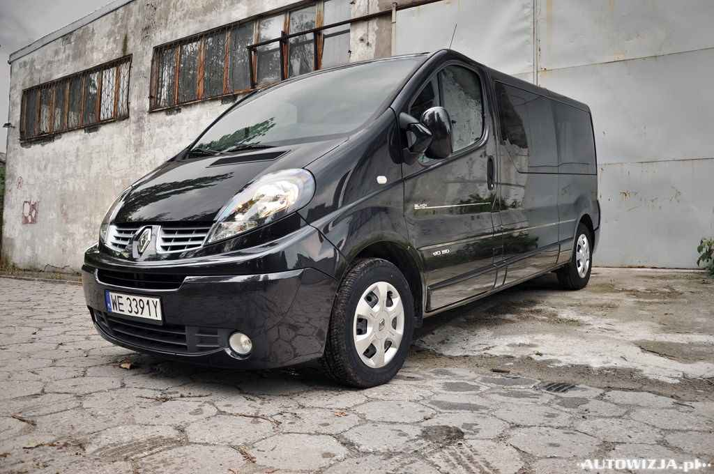 renault trafic passenger black edition test. Black Bedroom Furniture Sets. Home Design Ideas