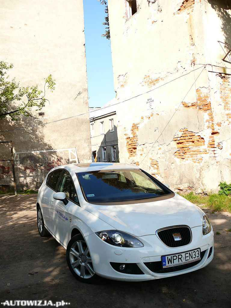 seat leon 1 8 tsi auto test motoryzacja. Black Bedroom Furniture Sets. Home Design Ideas