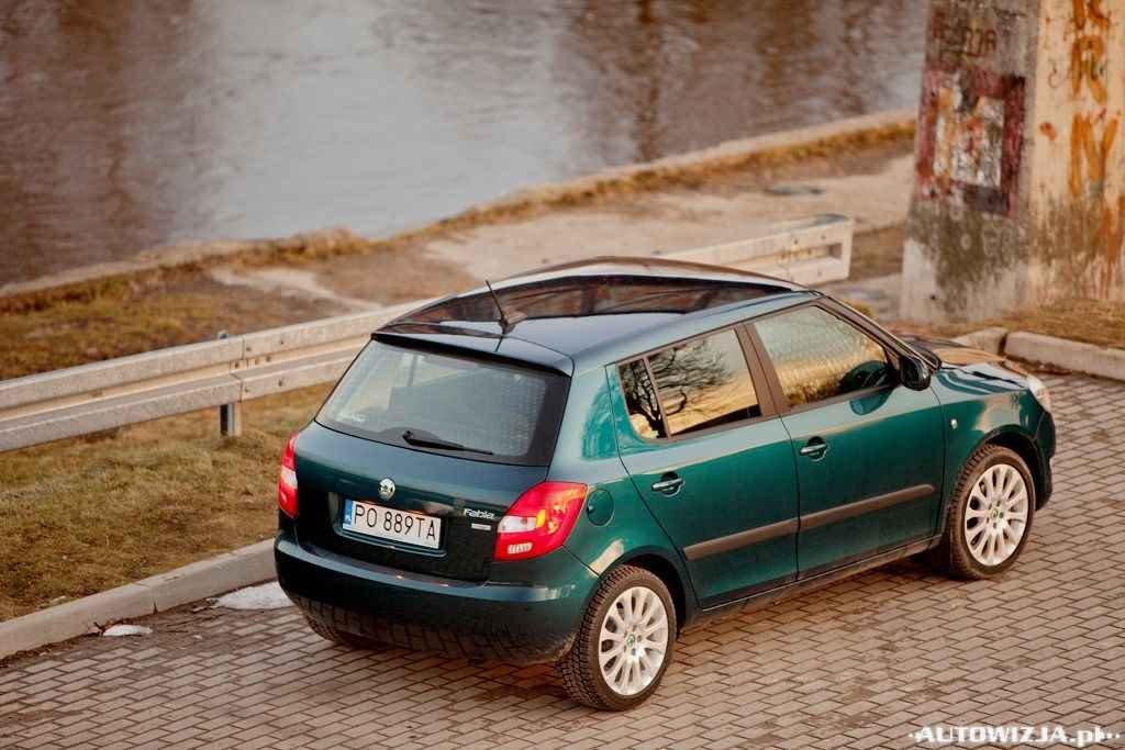 skoda fabia 1 2 tsi ambition auto test. Black Bedroom Furniture Sets. Home Design Ideas