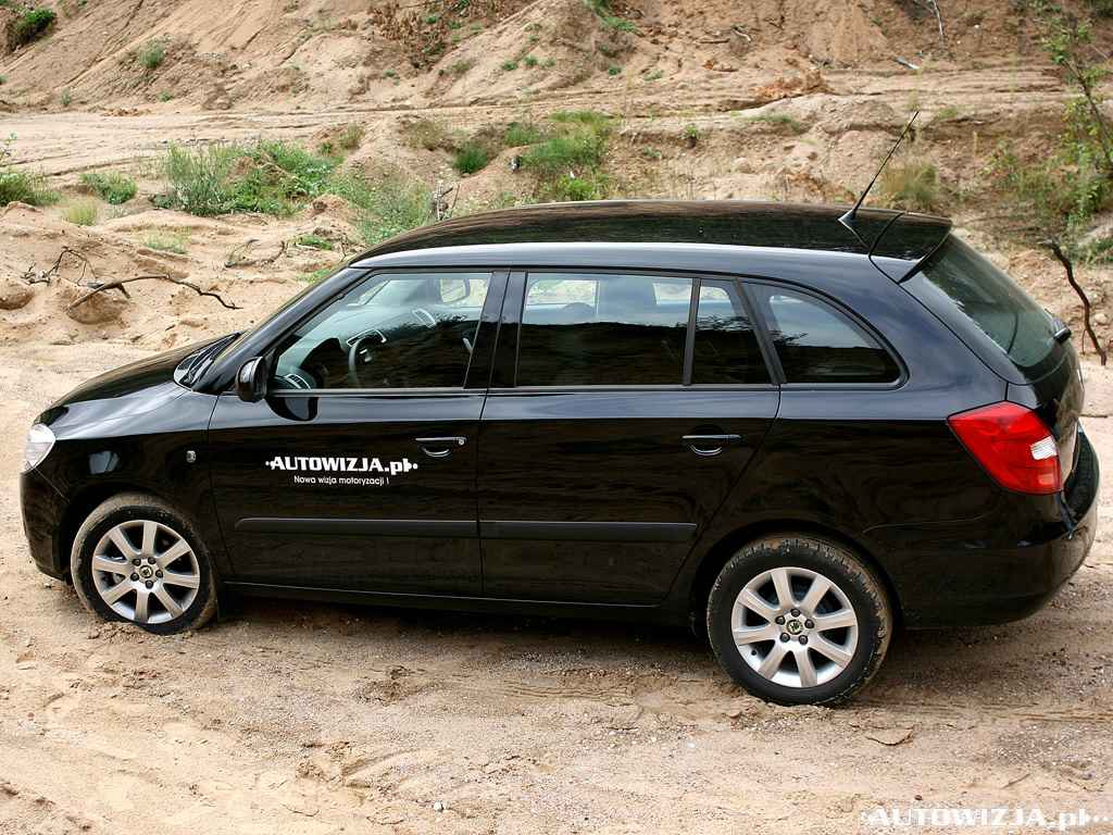 skoda fabia ii combi 1 4 auto test motoryzacja. Black Bedroom Furniture Sets. Home Design Ideas